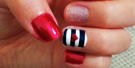 How to do a 4th of July manicure